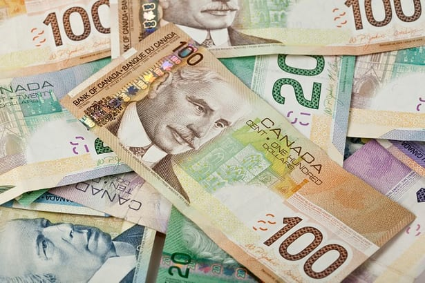قیمت دلار کانادا امروز اول مرداد 98