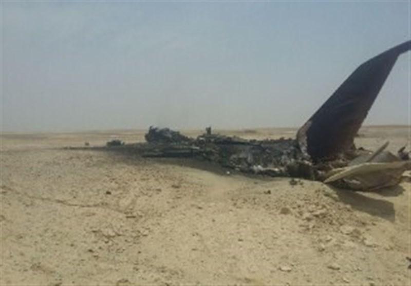 یک فروند جنگنده در دستجرد اصفهان سقوط کرد.