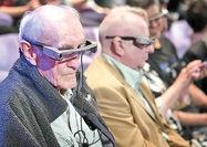 عینکی که دیالوگهای تئاتر را زیرنویس میکند
