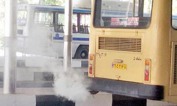 توقیف اتوبوسهای دودزا در تهران