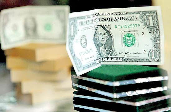 سختی تهیه دلار در بازار آزاد