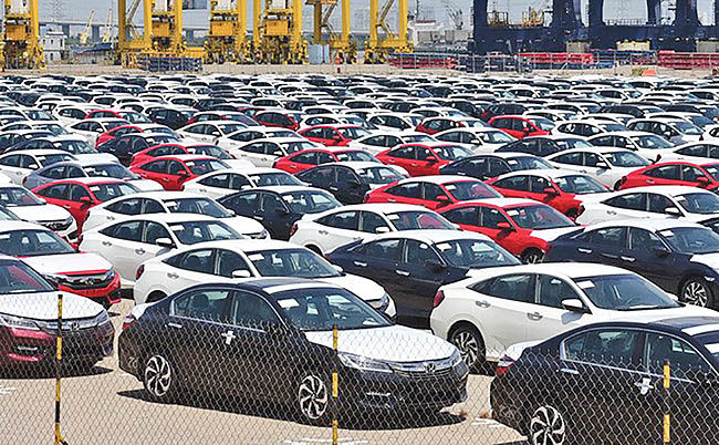 کشیدن ترمز خودروسازان در چین