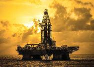 سه گمانه از افت نفت