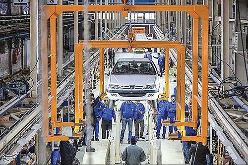 خودروسازی بر سر دو راهی تولید و سلامت