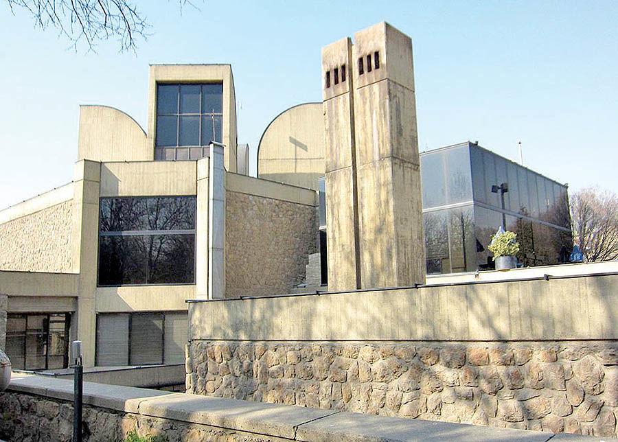 هشدار موزهدار سوئیسی برای بازسازی موزه هنرهای معاصر