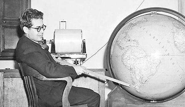 درگذشت ریشتر، زمینشناس آمریکایی