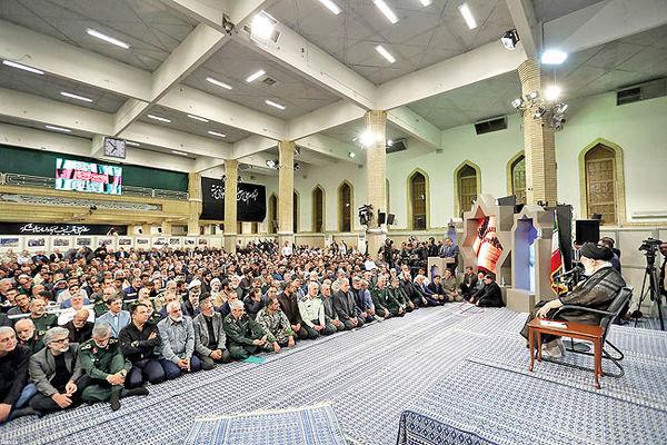 در روایت دفاعمقدس روح مجاهدت و شکستناپذیری ملت ایران متبلور باشد
