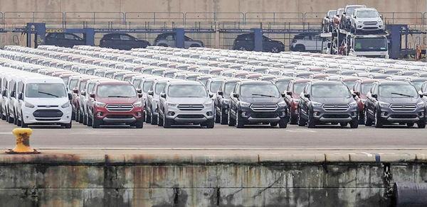 چالش جدید ترامپ برای خودروسازان
