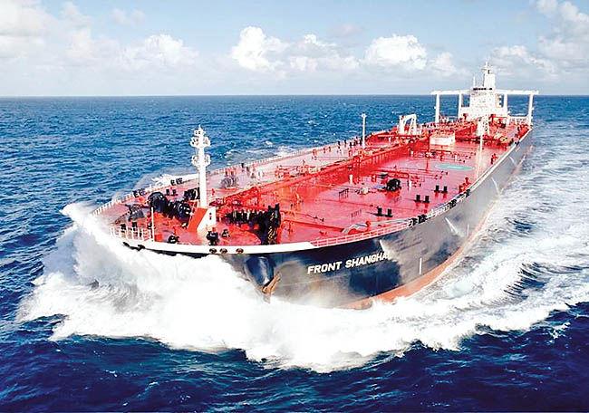 عرضه ماهانه 3 میلیون بشکه نفت بهصورت 100 درصد ریالی