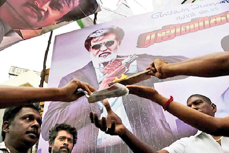 سوپراستار سینمای هند وارد دنیای سیاست میشود