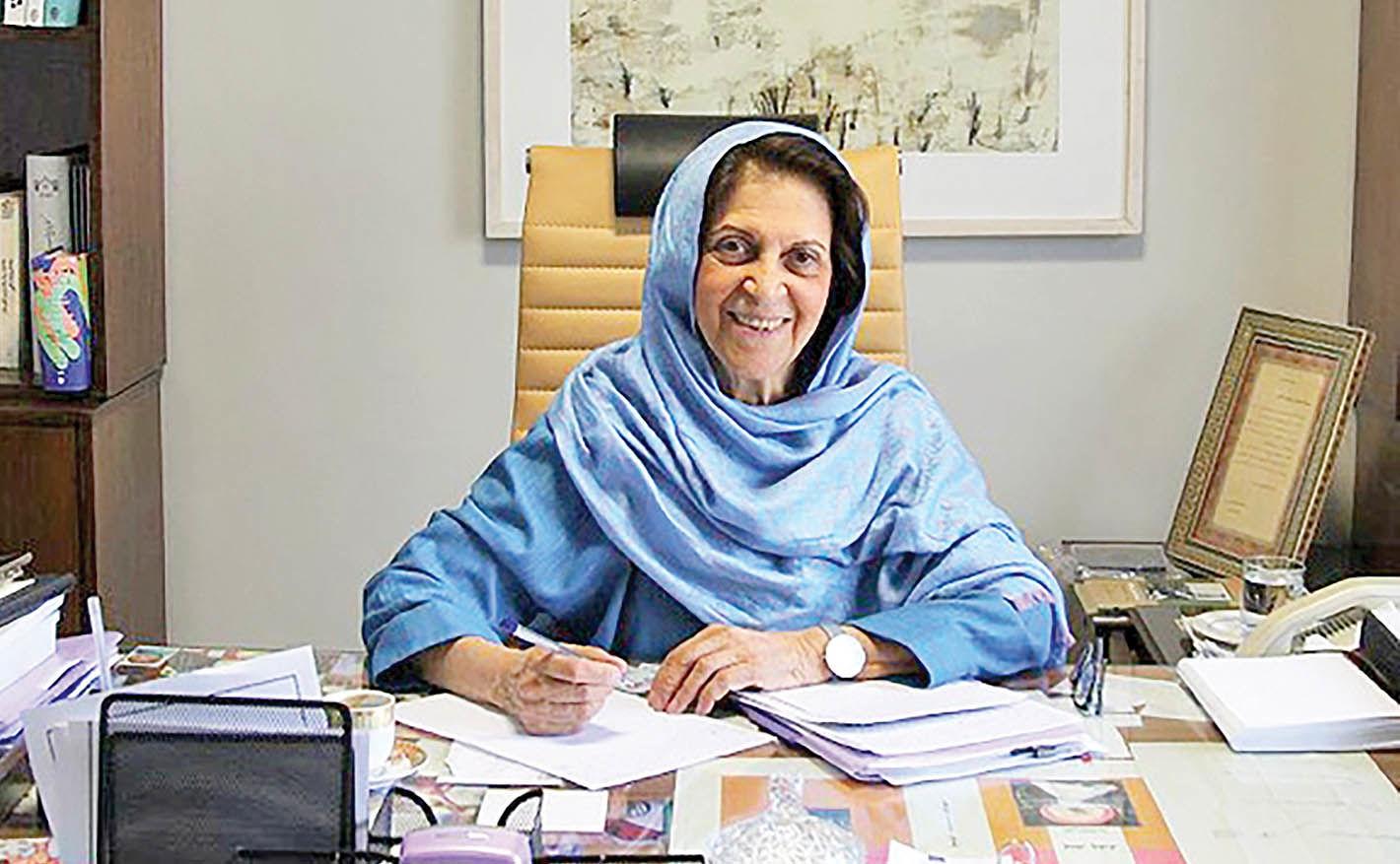 انتقاد منصوره اتحادیه از پیامهای جهتدار در سریالهای تاریخی