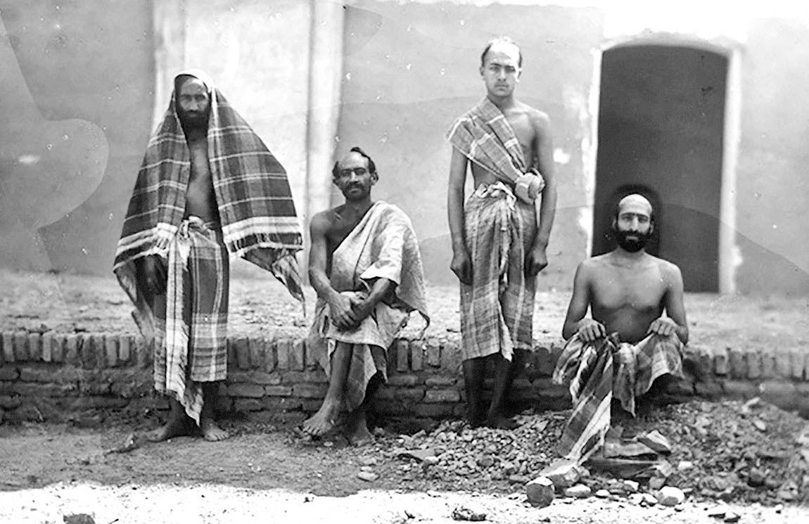 مشاغل تاریخی مرتبط با حمام