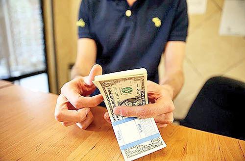 دلار صادراتی به بازار میآید؟