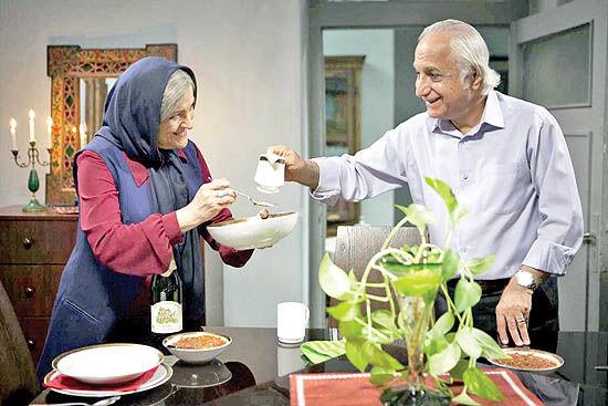 موقعیت مرد و زن میانسال در خانه سالمندان