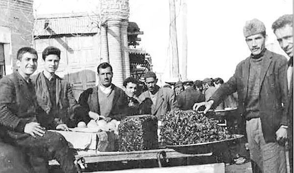 تعارض رویکردها به مشروطیت ایرانی