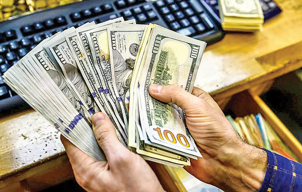 تعویق اکران بازار متشکل