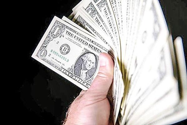 نزول دلار پس از 8 افزایش