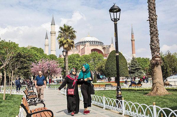 5/ 2 میلیون ایرانی، مسافران ترکیه 2017