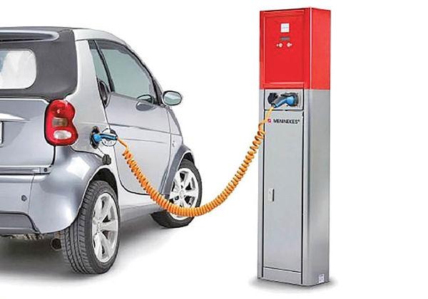 300 ایستگاه شارژ برقیها در هند