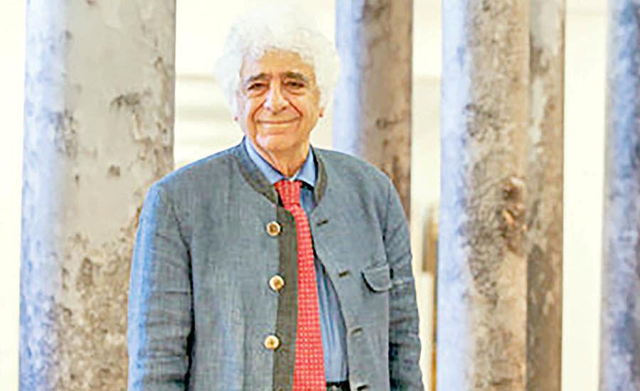اهدای سرو ایرانی به لوریس چکناواریان