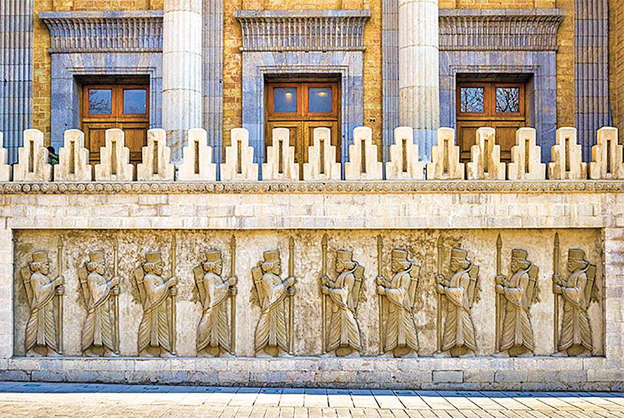 شرط الحاق ساختمان وزارت خارجه به موزه ملی