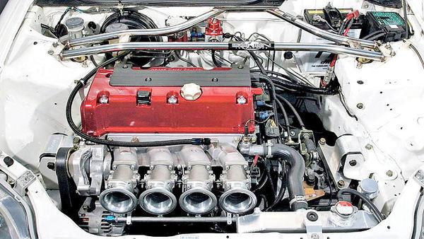 سلطه تمامنشدنی خودروهای سوختی