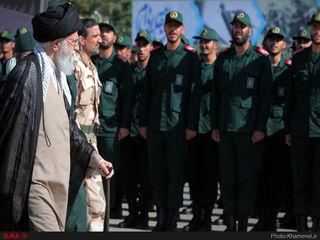 حضور رهبر معظم انقلاب اسلامی در مراسم دانشآموختگی دانشجویان دانشگاه امام حسین(ع)