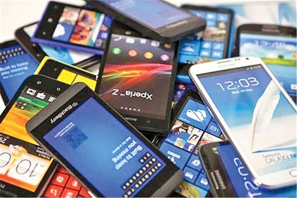 گوشی موبایل ارزان نمیشود