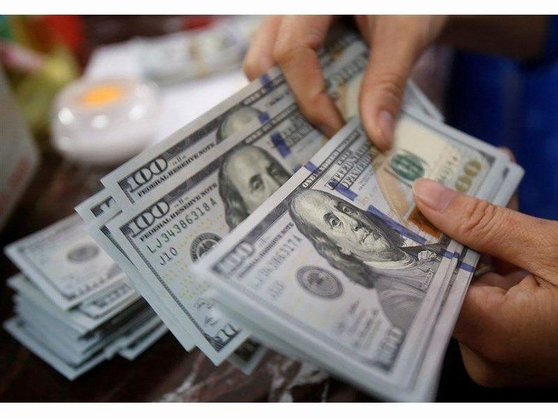 قیمت دلار در صرافی ملی امروز ۱۳۹۸/۰۱/۰۵
