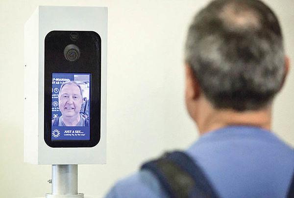 تشخیص چهره در فرودگاه سنگاپور