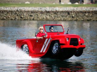 خودرویی که برای حرکت در جاده و دریا طراحی می شود (+عکس)