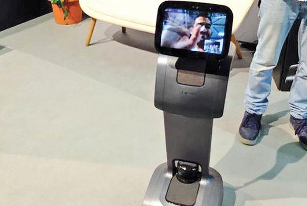 روبات شخصی که کاربر را تعقیب میکند