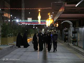 حال و هوای اولین سحر ماه رمضان در اطراف حرم رضوی