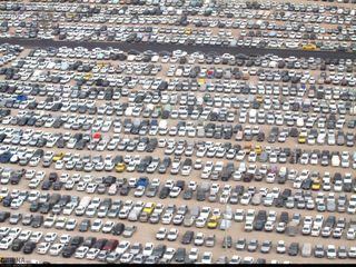 تصاویر هوایی از ۱۰۰ هزار خودرو در پارکینگ اربعین مهران