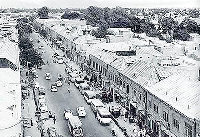 اکران مستندی درباره 140 سال زندگی در ناصرخسرو