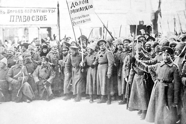 تاثیر انقلاب روسیه بر مشروطه