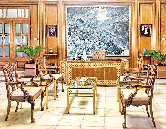 پایتخت در برزخ شهردار