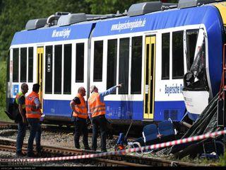 برخورد دو قطار مترو در شهر دویسبورگ آلمان