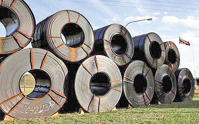صادرات دو صنعت در چنبره دو تهدید