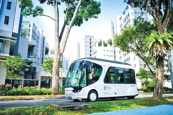 اتوبوسی که ۲۰ ثانیهای شارژ می شود