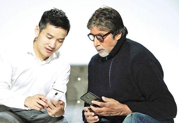 وان پلاس 6 در دستان ستاره سینمای هند دیده شد!