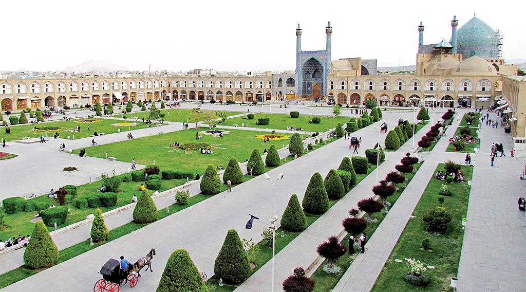 میهمان کاخ شاه عباس