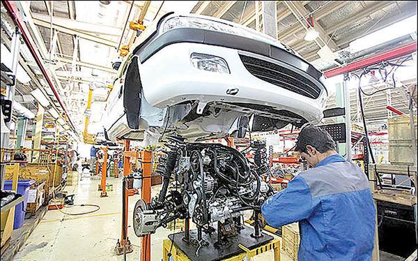 دوگانگی نرخ دستوری ارز بر صنعت خودرو